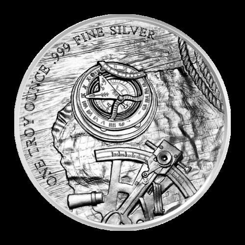 """Landkarte, Sextant, Kompass und Seil auf einem Tisch liegend mit den Worten """"One Troy Ounce 999 Fine Silver"""" (1 Troy-oz 999 Feinsilber)"""