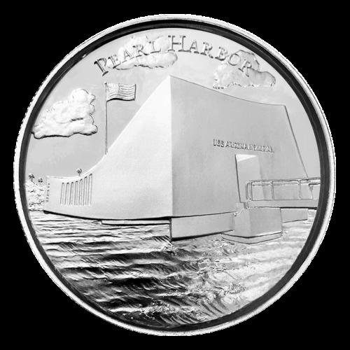 """Eine amerikanische Reliefansicht eingekreist mit den Worten """"American Landmarks 2 oz .999 Fine Silver"""" (amerikanische Sehenswürdigkeiten 2 oz .999 Feinsilber)."""