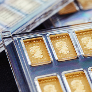 Legal Tender Bar - 10, 1/10 Ounce Gold Bullion Bars